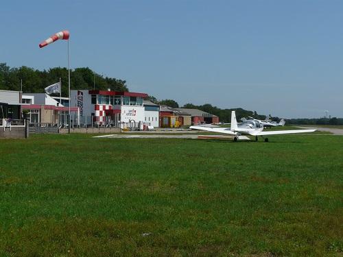Groei vliegverkeer Breda International Airport in strijd met provinciaal beleid
