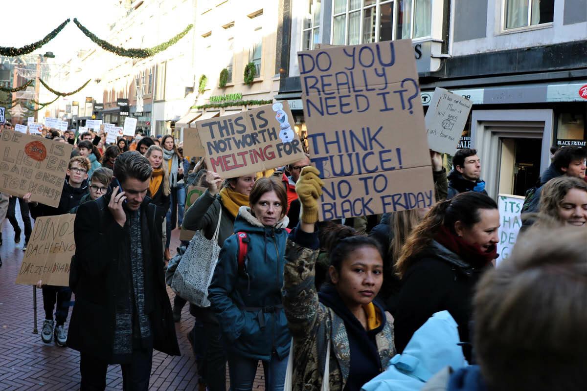 """""""Wat willen we? Klimaat gerechtigheid"""""""
