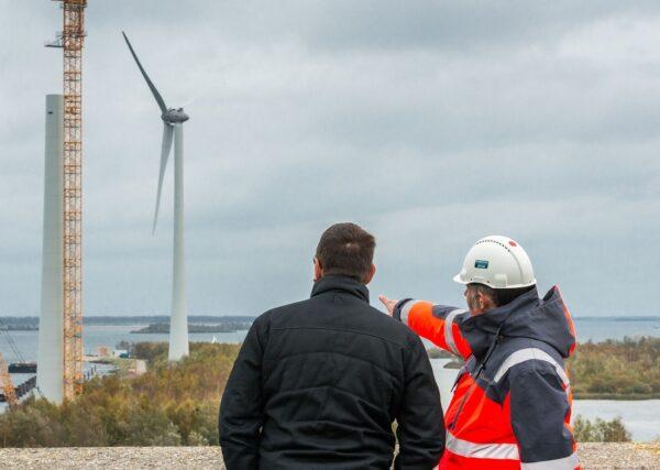 Hoe kunnen ook mensen met minder geld meedoen aan wind- en zonneprojecten?